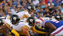 Pittsburgh-Steelers-Ben-Roethlisberger-under-center-vs-Bills