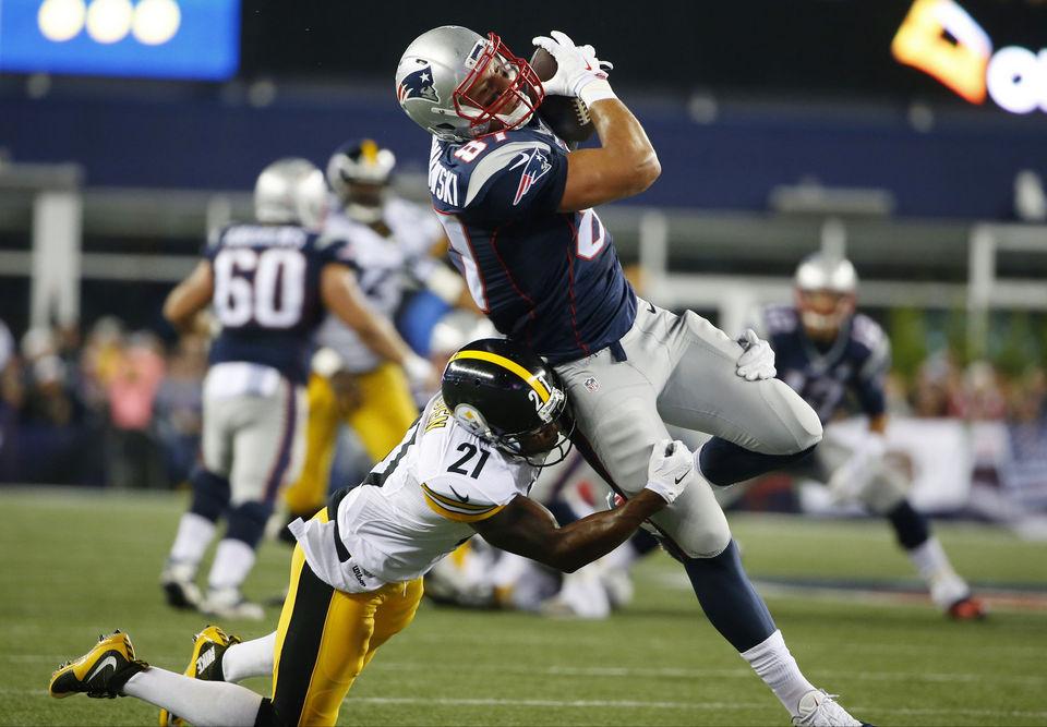 Patriots Down Steelers 28-21 in Season Opener
