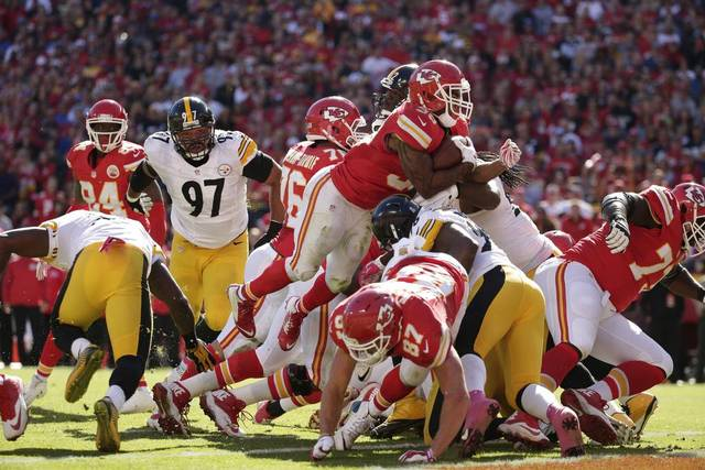 Chiefs Topple Banged Up Steelers 23-13