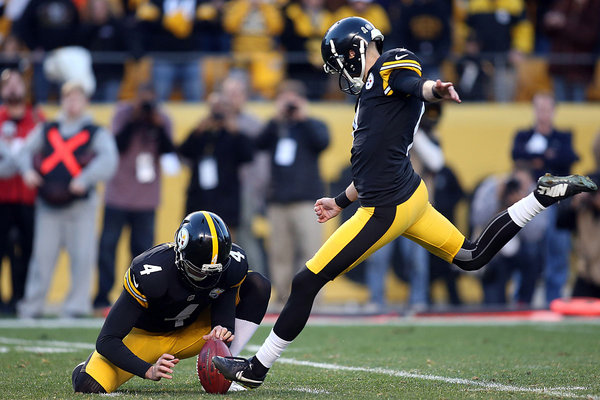 Steelers Hold on to Beat the Raiders 38-35