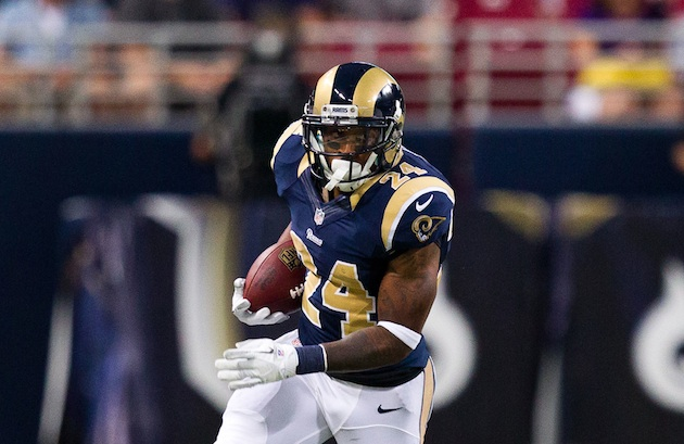 Former Rams HB Isaiah Pead Expected to Meet with Steelers