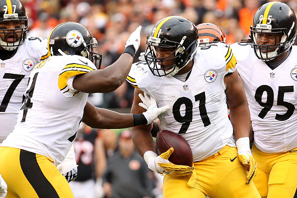 Steelers Batter the Bengals for a 33-20 Win