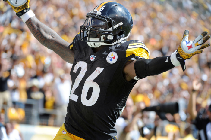 What Does the Future Hold for Le'Veon Bell in Pittsburgh?
