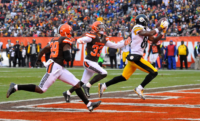Steelers Beat Browns 28-12, Sneak Into Playoffs
