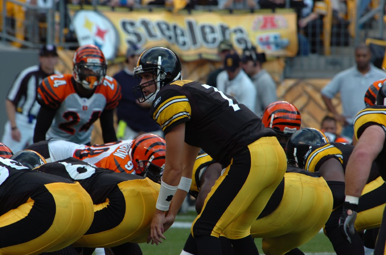 Steelers Sign New Players for Next Season