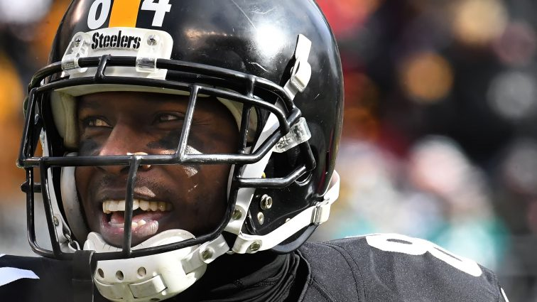 Business is Booming as Antonio Brown Becomes NFL's Highest Paid Receiver