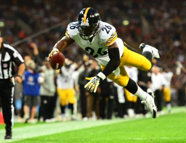 Le'Veon Bell Gets Franchise Tag from Steelers