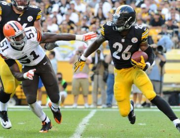 Ike Taylor Thinks Le'Veon Bell May Holdout