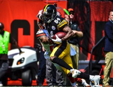 Antonio Brown Leads Steelers in Opening Day Win