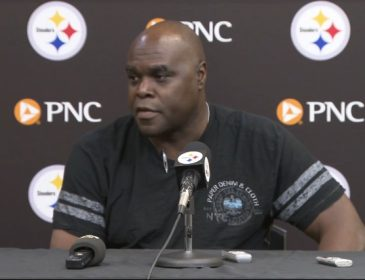 Steelers Fire Running Backs Coach James Saxon