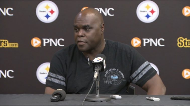 Steelers Fire Running Backs Coach James Saxon