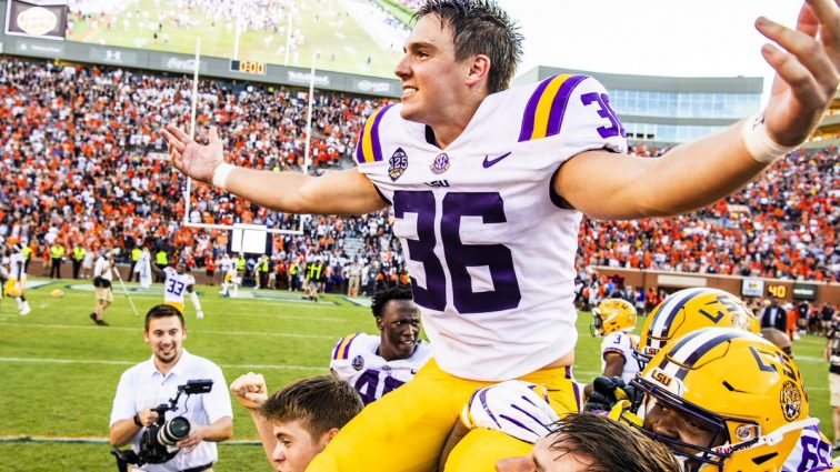 Steelers SHOULD Sign Cole Tracy and Create a REAL Placekicker Competition