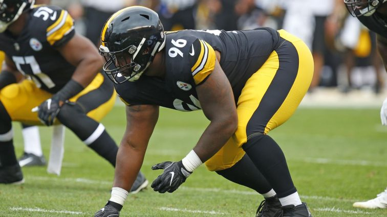 Pittsburgh Steelers Sign Familiar Face In Defensive End L.T. Walton